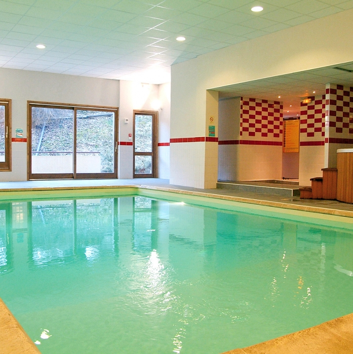 Location vacances r sidence cybele brides les bains en hiver - Residence avec piscine interieure ...