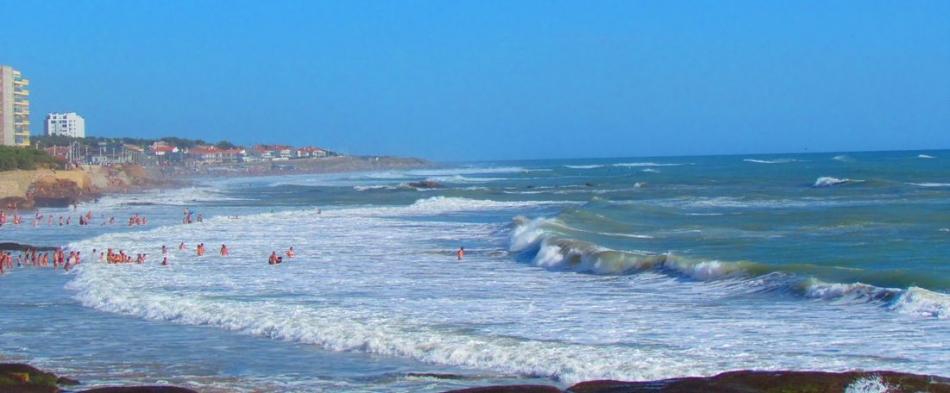 Location vacances r sidence les grands rochers olonne sur for Piscine des chirons olonne sur mer