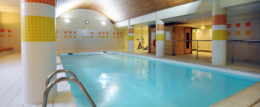 Location vacances r sidence les grands ax ax les thermes for Piscine strassen