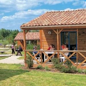 Natura Resort Pescalis à Moncoutant